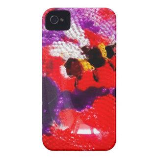 Arte floral de la abeja de la flor Case-Mate iPhone 4 carcasa