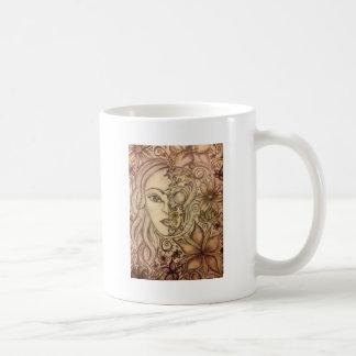 Arte floral dibujado mano del cráneo taza clásica