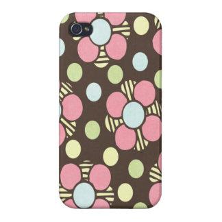 Arte floral en colores pastel femenino iPhone 4/4S fundas
