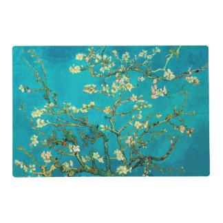 Arte floral floreciente del árbol de almendra de salvamanteles