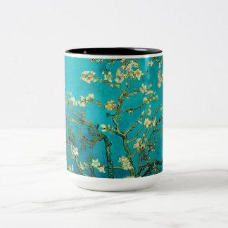 Arte floral floreciente del árbol de almendra de taza dos tonos