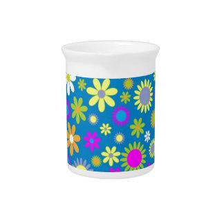 Arte floral hermoso jarras de beber