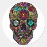 Arte floral pintado del cráneo etiqueta redonda