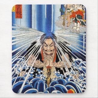 Arte fresco de la meditación de la cascada de Kuni Mouse Pads