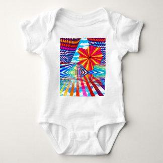 Arte geométrico brillante cósmico del arco iris body para bebé