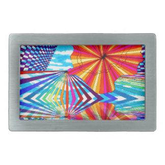 Arte geométrico brillante cósmico del arco iris de hebilla de cinturon rectangular