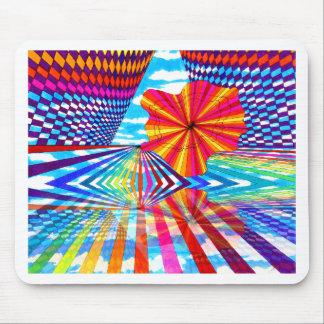Arte geométrico brillante cósmico del arco iris mousepads