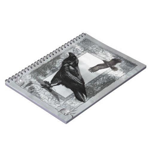 Arte gótico de la fantasía del cuervo del libro de apuntes con espiral