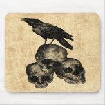 Arte gótico Mousepad de los cráneos del cuervo de  Tapetes De Ratones