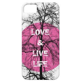 Arte gráfico del árbol rosado feliz de la vida del iPhone 5 Case-Mate cárcasa