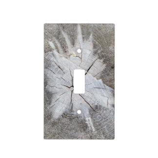 Arte gris 2 de la foto del tocón de árbol de pino  placa para interruptor