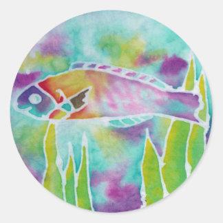 Arte hawaiano del batik de los pescados del Wrasse Pegatina Redonda