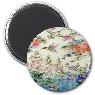 Arte hermoso del vitral de las flores de los colib imán redondo 5 cm