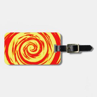 Arte hipnótico anaranjado y amarillo del remolino etiquetas de maletas