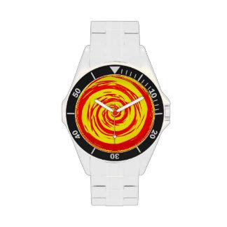 Arte hipnótico anaranjado y amarillo del remolino relojes de pulsera