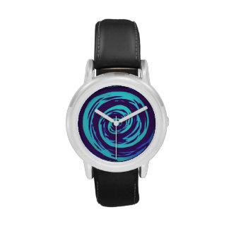 Arte hipnótico púrpura y azul del remolino reloj de mano