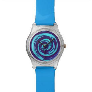 Arte hipnótico púrpura y azul del remolino relojes de mano