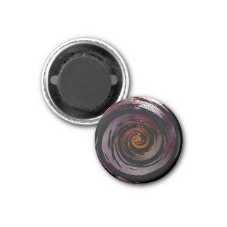 Arte hipnótico púrpura y negro del remolino imán redondo 3 cm