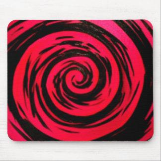 Arte hipnótico rojo enrrollado del remolino alfombrilla de ratón