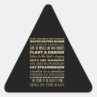Arte inspirado - estación de primavera pegatina triangular