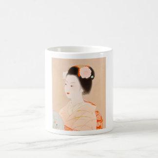 Arte japonés del kimono del chica de la mujer de taza clásica