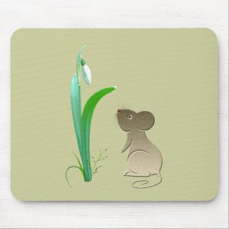 Arte lindo de los descensos del ratón y de la niev alfombrillas de raton