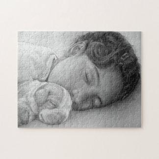 Arte lindo el dormir del perrito y de la niña del rompecabeza con fotos