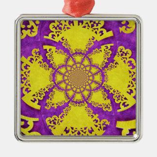 Arte loco amarillo púrpura del fractal del modelo adorno navideño cuadrado de metal