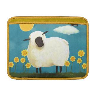 Arte mullido de las ovejas y de las flores del ama fundas macbook air