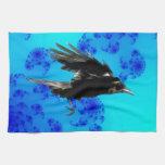 Arte negro del cuervo que vuela para Birdlovers Toallas De Cocina