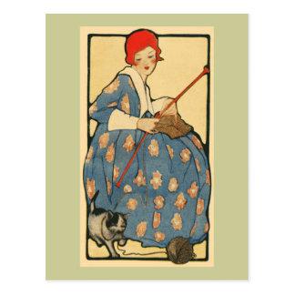 Arte Nouveau - chica que hace punto con su gato Tarjetas Postales