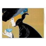 Arte Nouveau, mujer del vintage que bebe el té de  Felicitacion