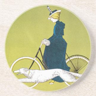 Arte Nouveau, señora Riding Bicycle del vintage Posavasos Manualidades