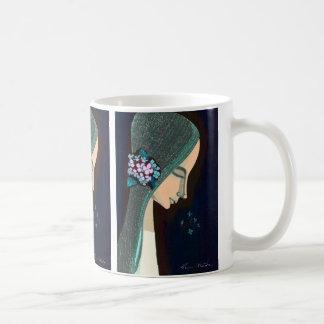 Arte oriental del chica del kawaii del japanase de taza de café