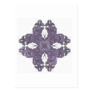 Arte partido del fractal del pétalo de Lavendar Tarjeta Postal
