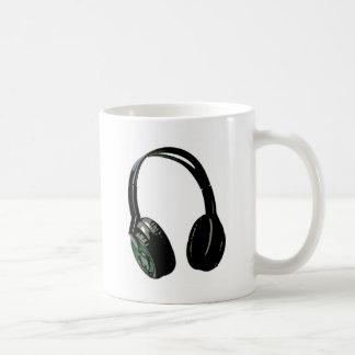 Arte pop de los auriculares taza básica blanca