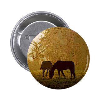 Arte pop de los caballos pin redondo de 2 pulgadas