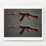 Arte pop del rifle de asalto de AK47 Tapetes De Raton