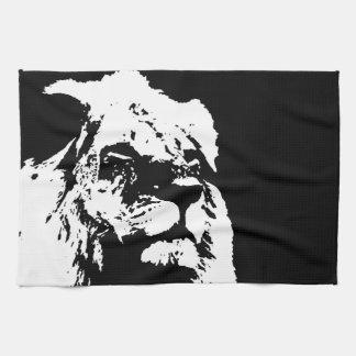 Arte pop negro y blanco del león toallas de mano
