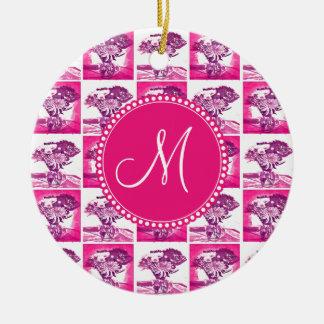 Arte pop púrpura del ramo de la flor de las rosas adorno redondo de cerámica