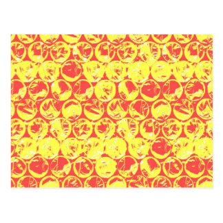 Arte pop rojo y amarillo del plástico de burbujas postal