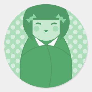 Arte pop verde de la muñeca de Kokeshi Pegatina Redonda