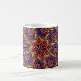 Arte psicodélico del fractal del arco iris del taza clásica
