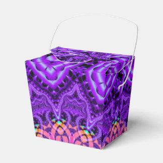 Arte púrpura adornado del caleidoscopio de las cajas para regalos