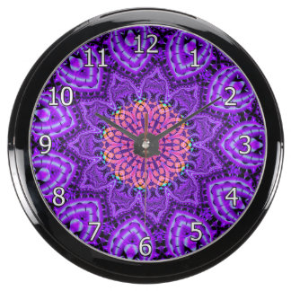 Arte púrpura adornado del caleidoscopio de las reloj aquavista