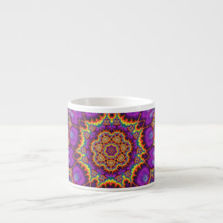 Arte púrpura del caleidoscopio del arco iris de la taza espresso