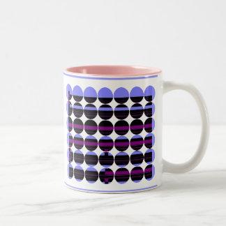 Arte púrpura negro de la raya del gótico taza de café de dos colores