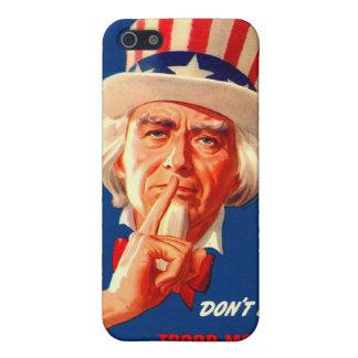 Arte retro de la guerra de WPA del vintage iPhone 5 Cárcasas