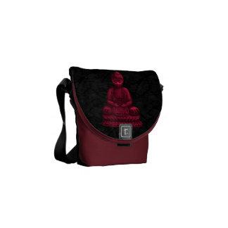 Arte rojo del pixel de Buda Bolsas De Mensajería