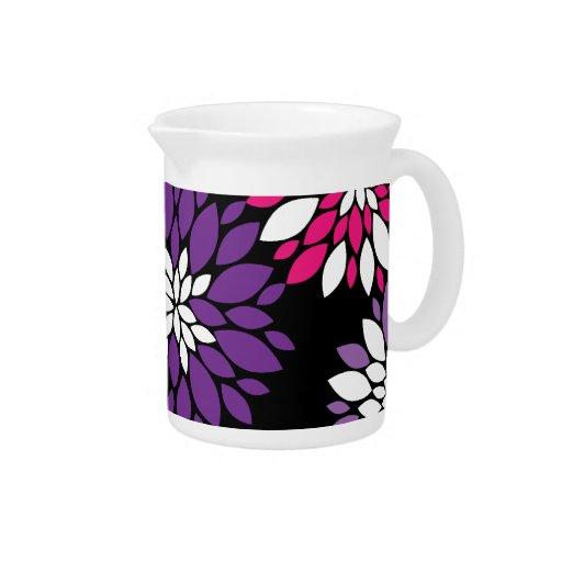 Arte rosado púrpura de la flor blanca en negro jarra
